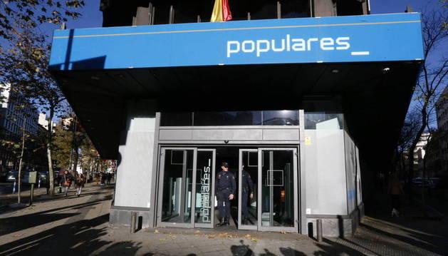 Los peritos reafirman que el PP pagó en negro por las obras de su sede