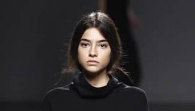 Rocío Herrera desfila en la Fashion Week Madrid.