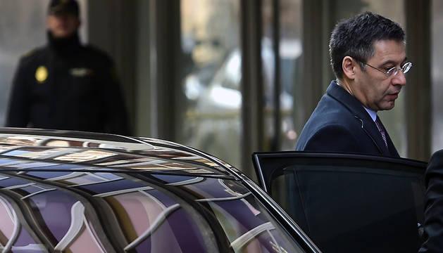 El presidente del FC Barcelona, Josep Maria Bartomeu, a su llegada a la Audiencia Nacional