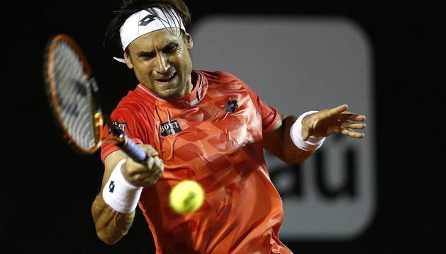 David Ferrer avanza en Río de Janeiro y Robredo es eliminado