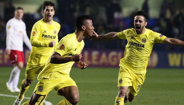 El Villarreal obtiene una renta justa ante un correoso Salzburgo