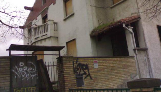 El Ayuntamiento, interesado en comprar un edificio en Beloso Bajo
