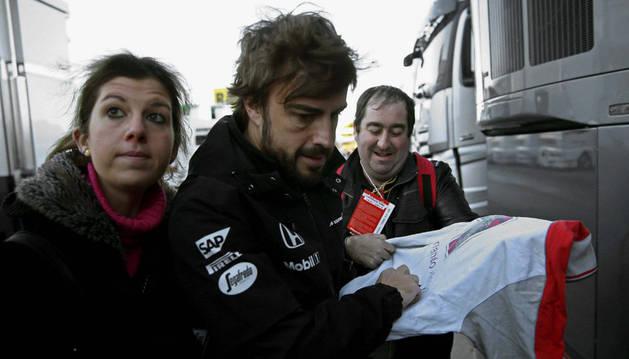 Fernando Alonso, antes de iniciar su cuarta tanda este domingo