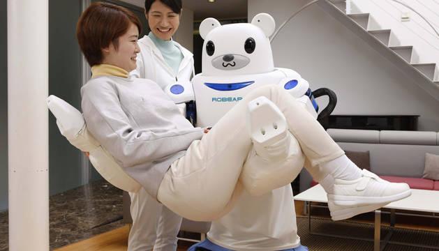 Un 'oso-robot' para ayudar a personas con poca movilidad