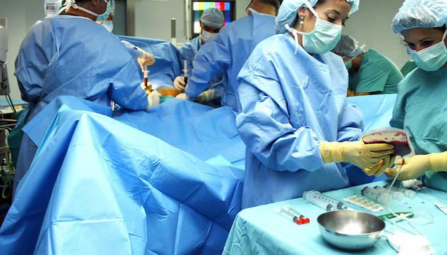 Un total de 77 personas están en lista de espera para trasplante en Navarra