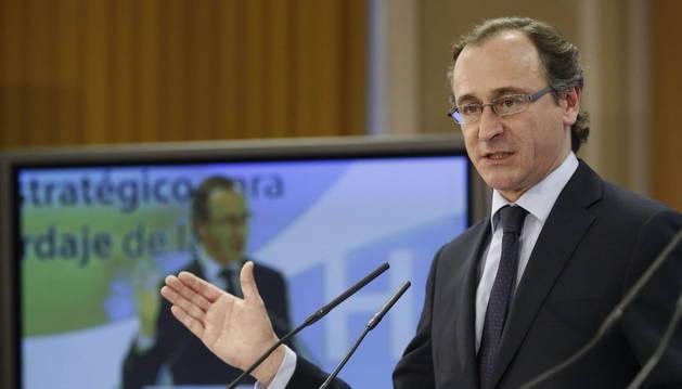 Alfonso Alonso presenta el plan sobre la hepatitis