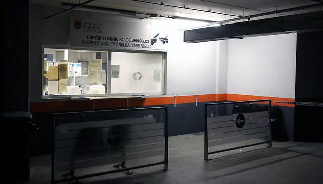 Depósito municipal de la grúa en el parking de la Audiencia