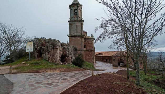 Detalle de cómo han quedado los accesos entre la basílica barroca y la hospedería