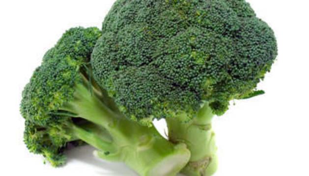 Los investigadores recomiendan comer al menos tres piezas de brócoli a la semana