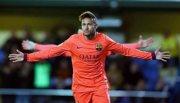 Neymar celebra el primer gol contra el Villarreal