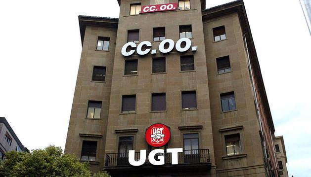 Las sedes de UGT y CC OO, en Pamplona.