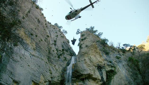 Imagen de un rescate en el nacedero de Arteta.