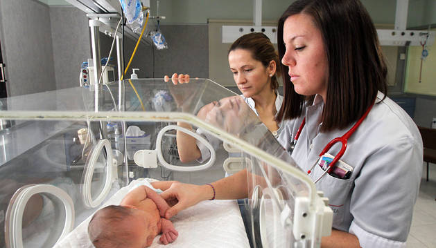 Piden la creación de un banco de leche materna para bebés prematuros