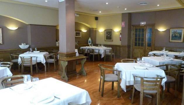El interior del restaurante ubicado en la calle Abejeras