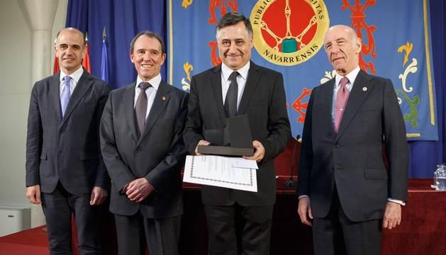 Gervasio Sánchez recibe el Premio Jaime Brunet