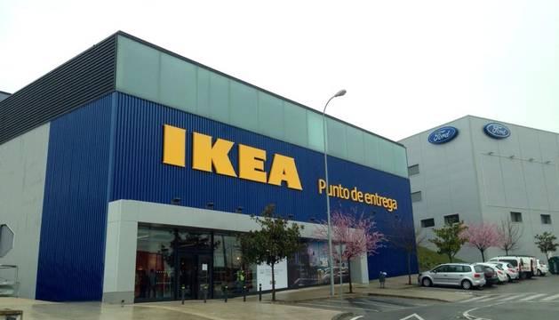 El punto de entrega de Ikea en Cordovilla abre mañana sus puertas