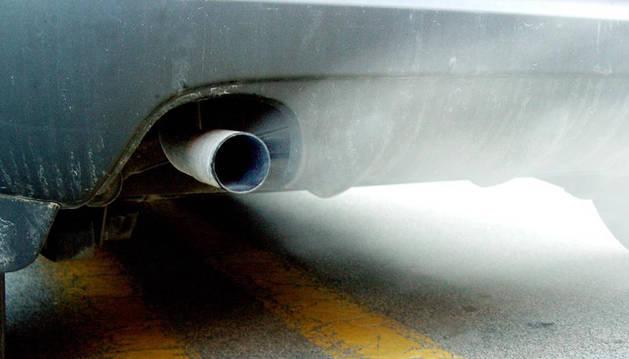 Gases de un tubo de escape.