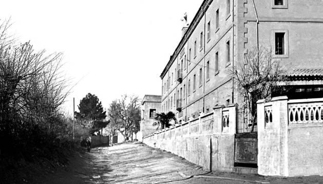 Una calle en memoria de Pedro Legaria