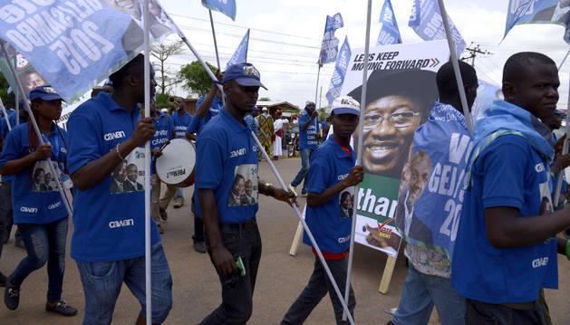 Partidarios del actual presidente, Goodluck Jonhatan.
