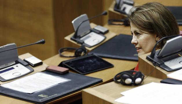 La presidenta del Gobierno de Navarra, Yolanda Barcina, durante su último pleno de esta legislatura.