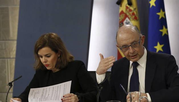 Sáenz de Santamaría y Montoro, en la conferencia posterior al Consejo de Ministros.