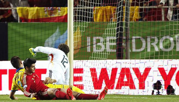 España juega con fuego en el Pizjuán