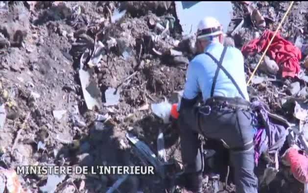 El copiloto del Airbus siniestrado en los Alpes ocultó su parte de baja
