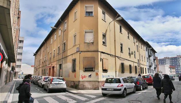 Burlada, más cerca de cambiar 'las termitas' por una plaza con pisos