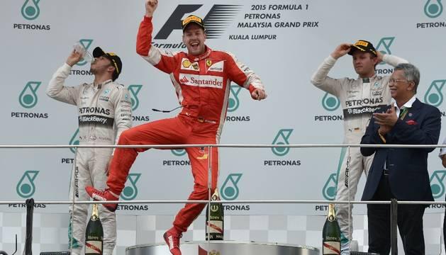 Vettel celebra su triunfo