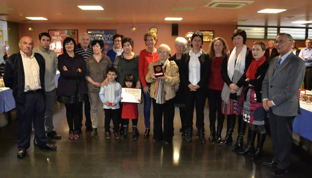 Los donantes de sangre homenajeados el domingo durante la fiesta anual de Adona en la ciudad.