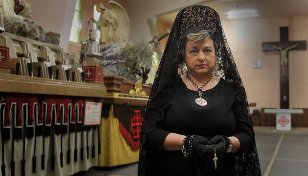 menchu ochoa fernández Hermana de la Soledad