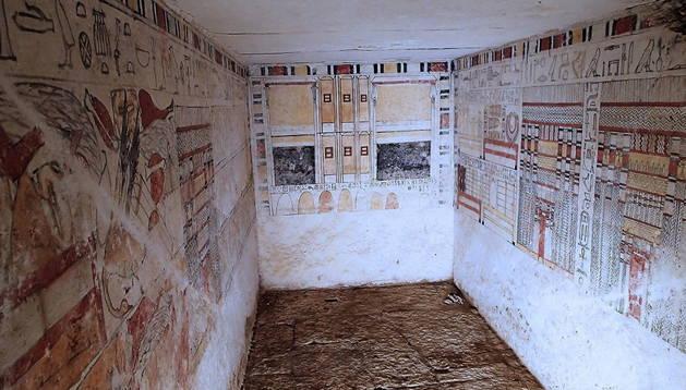 Una de las tumbas halladas en Egipto.