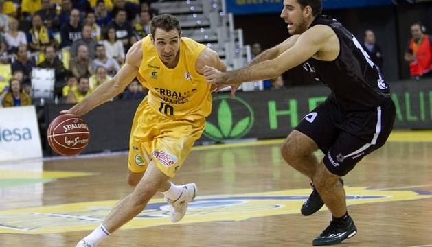 Txemi Urtasun, en un partido de la Liga ACB