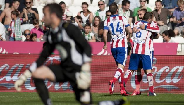 Griezmann celebra su primer gol contra el Córdoba