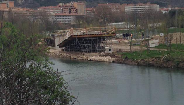 Paralizada la construcción de la pasarela peatonal de San Jorge