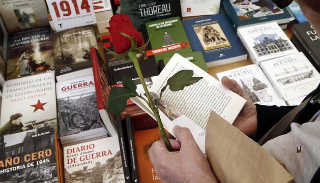 Imagen de la Feria del Libro de 2014 en Pamplona.