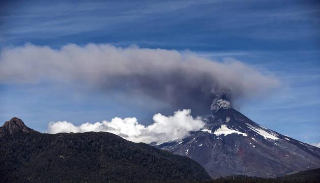 Alerta por una nueva activación del volcán Villarrica, en el sur de Chile