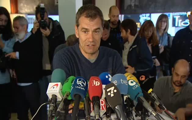 Cantó anuncia su dimisión como candidato y diputado de UPyD