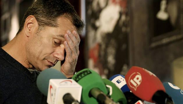 Toni Cantó, en el momento de anunciar su renuncia.