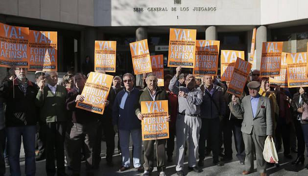 1.100 navarros han esperado 9 años el juicio civil de Fórum Filatélico