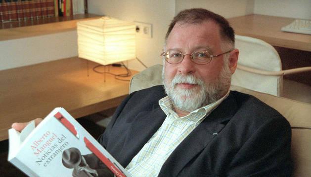 Alberto Manguel y la responsabilidad de la violencia yihadista
