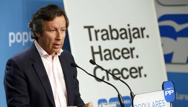 Carlos Floriano, en la campaña del PP.