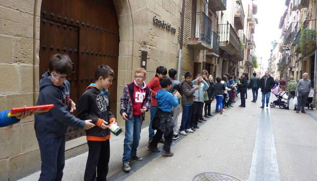 Cáritas de Viana recibe otra vez la solidaridad y ayuda  escolar