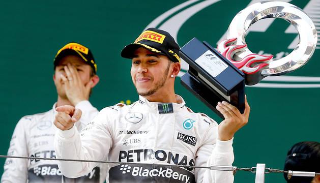 Rosberg y Hamilton.