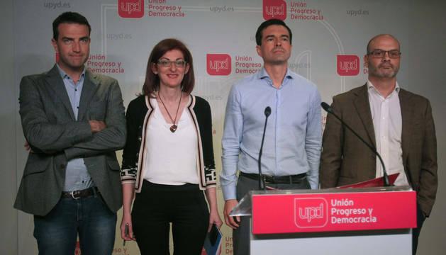 Ignasi Vidal, Maite Pagazaurtundua; Andrés Herzog y Humberto Rodríguez Solla tras la reunión del Consejo de Dirección de UPyD.