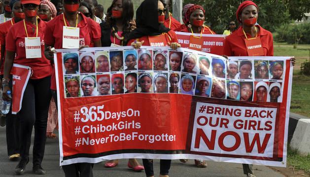 Sin noticias de las niñas secuestradas por Boko Haram hace un año