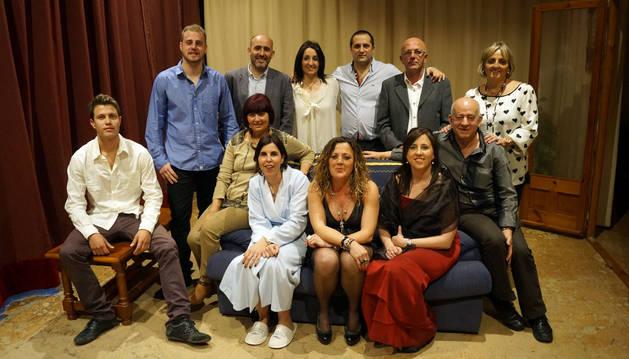 Integrantes del grupo de teatro La Albarca.