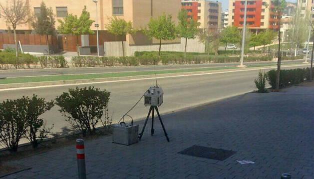 Radar que estaba instalado el martes en el vial de Merindades.