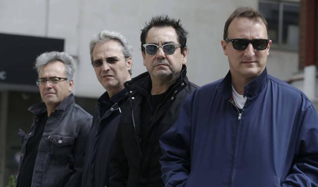 Hombres G celebran 30 años de una historia que lanzó a niveles estratosféricos las ventas de la música española.