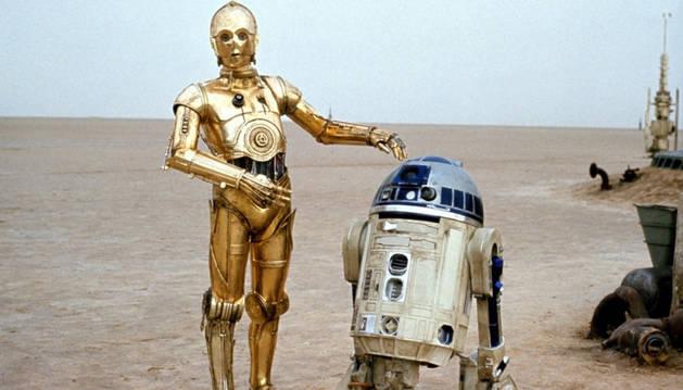 El robot R2-D2, junto a C3-PO.